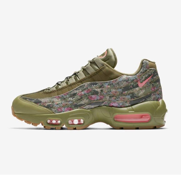 Nike Shoes - Rare Air Max 95 - Floral Camo